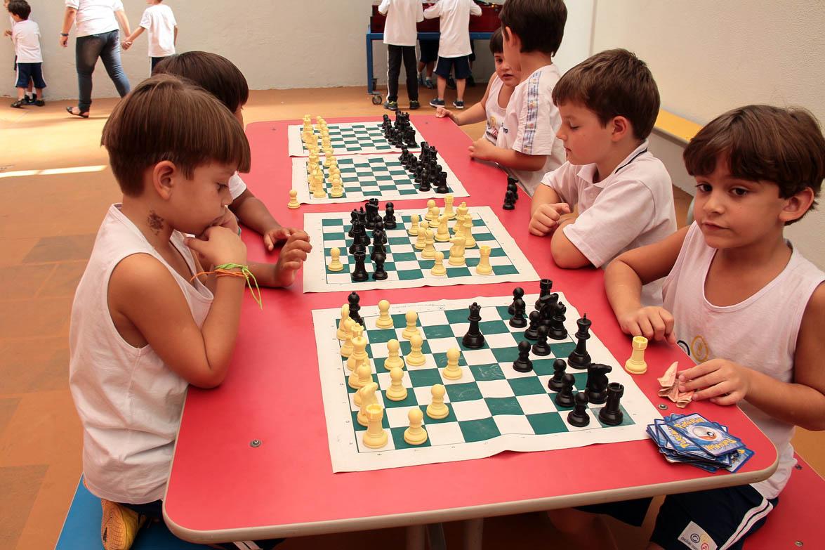 aula-de-xadrez-colegio-santo-antonio