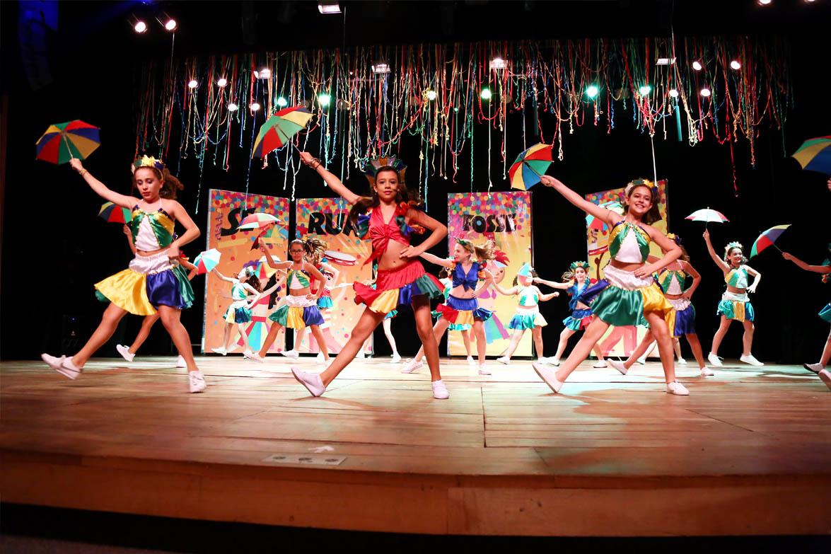 danca-folclorica-colegio-santo-antonio