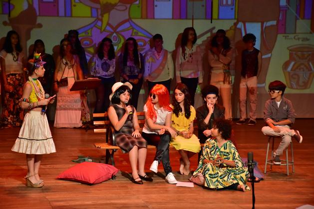 Apresentação teatral no Santo Antônio Faz Arte