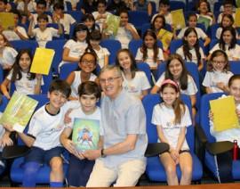 5º Ano recebe visita do autor Fernando Carraro