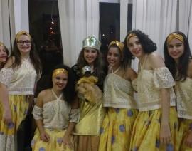 Grupo de danças folclóricas do CSA brilha em festival
