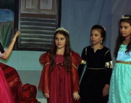 Teatro da Família Real encanta público e mostra talentos