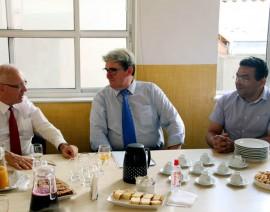 Embaixador da Alemanha no Brasil visita o Colégio Santo Antônio