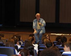 Alunos do 5º Ano recebem visita do autor Nelson Cruz