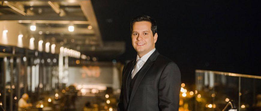 Conheça o ex-aluno Filipe Carneiro, eleito o melhor advogado de negócios da América Latina