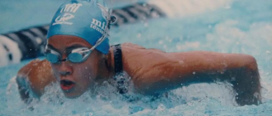 Aluna é campeã mineira de natação no JEMG Uberaba