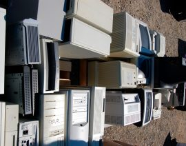 Colégio investe em descarte de lixo eletrônico que beneficia comunidade