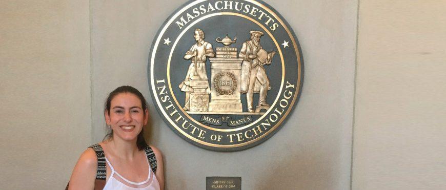 Conheça Júlia Marinho, ex-aluna do CSA que trabalha na ONU
