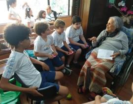 Alunos do 5º Ano fazem visitas a lares de idosos