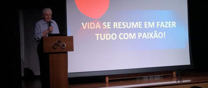 Auditório Frei Hilário recebe ex-alunos cheios de histórias para contar